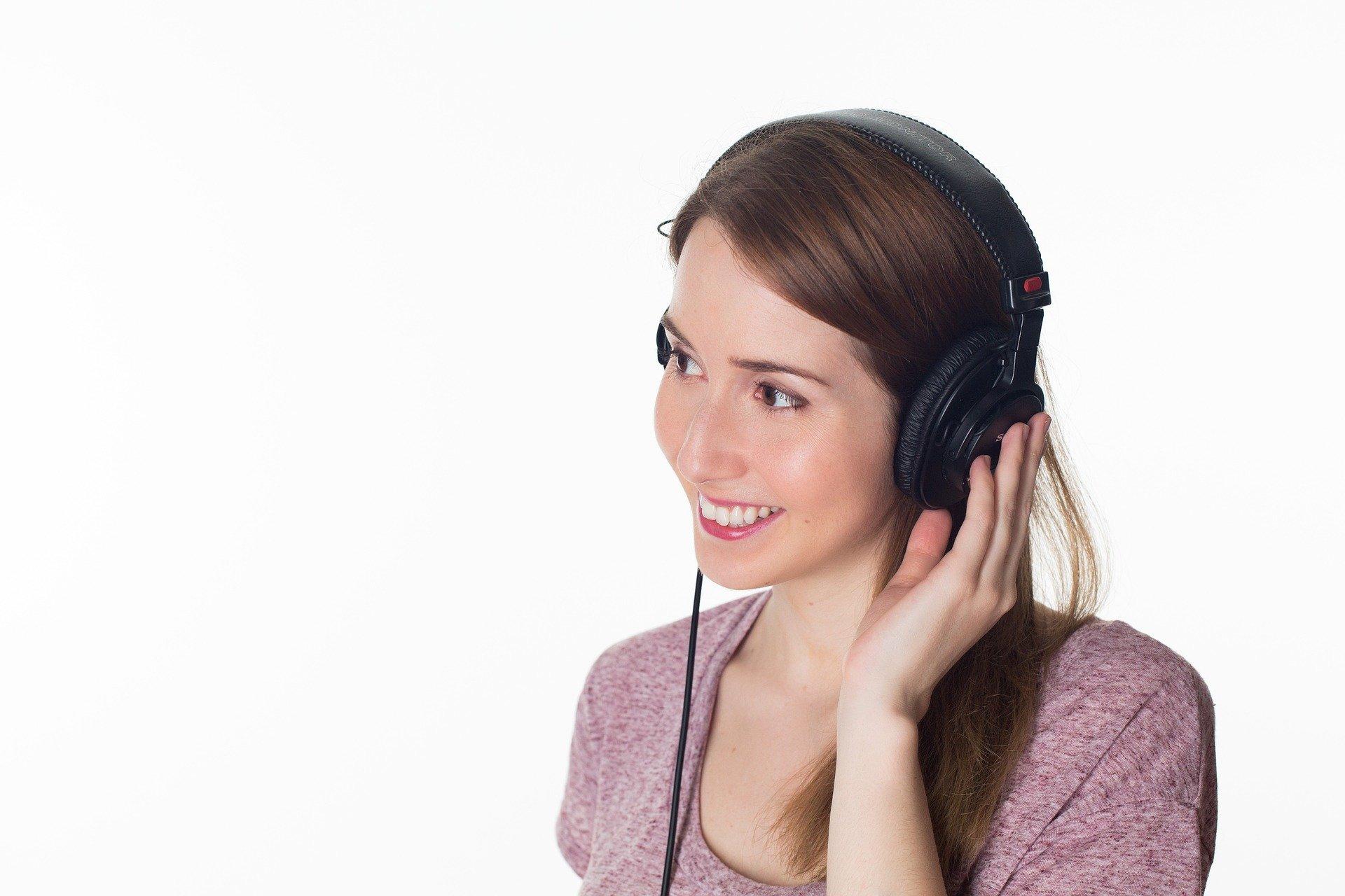 Conocernos y escucharnos: Evento online